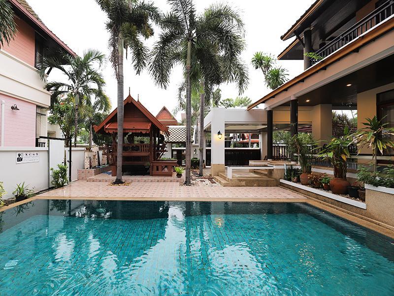 布恩纳帕泳池别墅